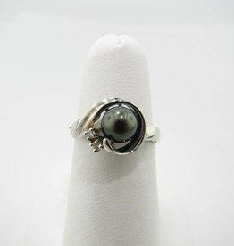 Motion Black Pearl White Gold Diamond Ring, Swirl