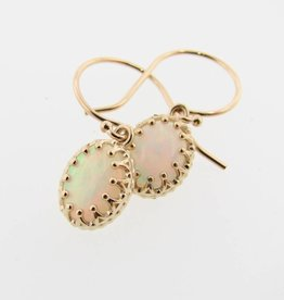 Vintage Australian Opal Yellow Gold Dangle Earrings