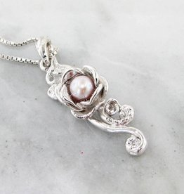 Signature Rose Pink Pearl Silver Pendant, Rose Cascade