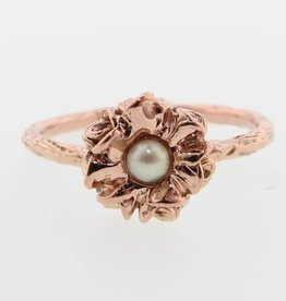 Signature Rose Rose Gold Pearl Ring, Rose Tutu