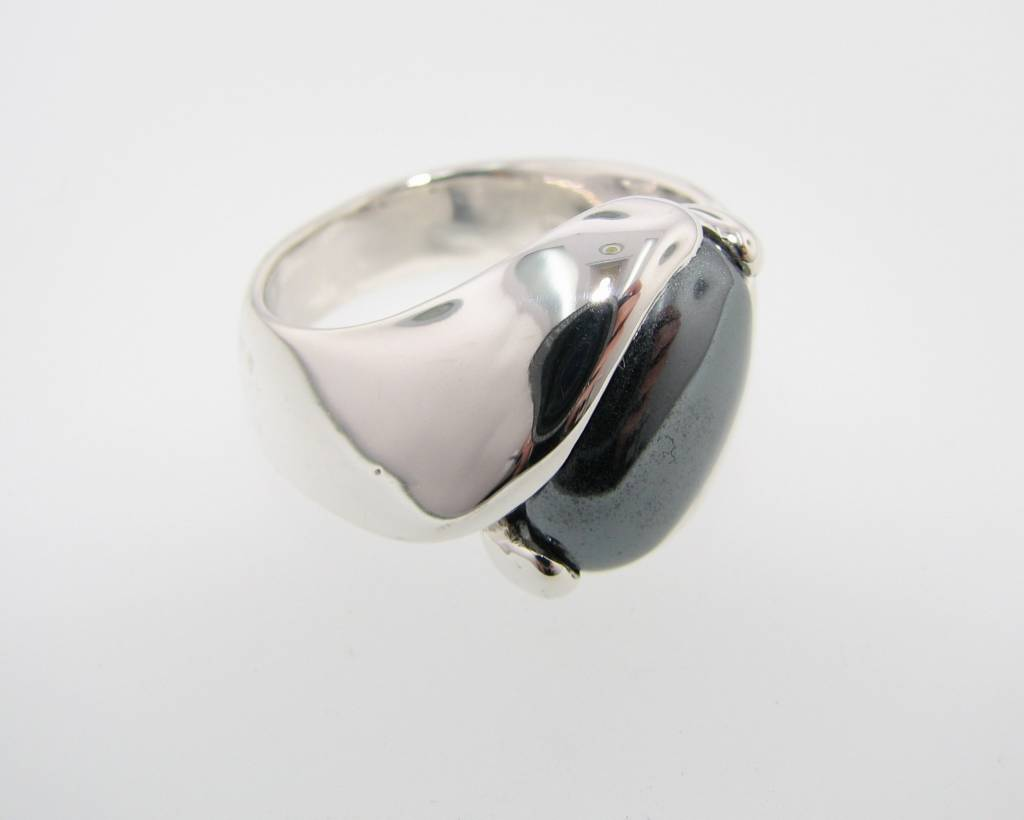 Sleek Orbit Ring, Hematite & Sterling Silver
