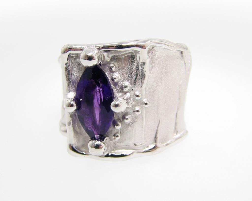 Motion Amethyst Silver Ring, Silk, Marquise
