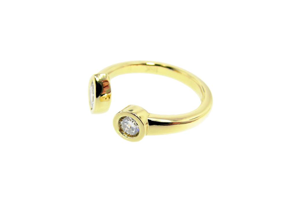 Sleek 18K Yellow Gold Diamond Split Ring, Round, Marquise
