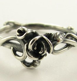 Signature Rose Antique Silver Rose Ring, Garden