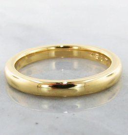 Sleek 22K Yellow Gold Ring, Slender
