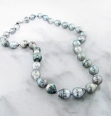 Undersea White Gold, Tahitian Pearl Necklace, Medium Gray
