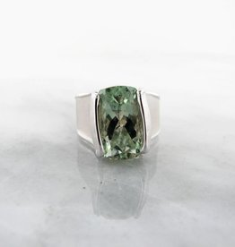 Sleek Green Amethyst Silver Ring, Wall