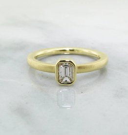 Sleek 18K Yellow Gold Emerald Cut Diamond Stacked Ring