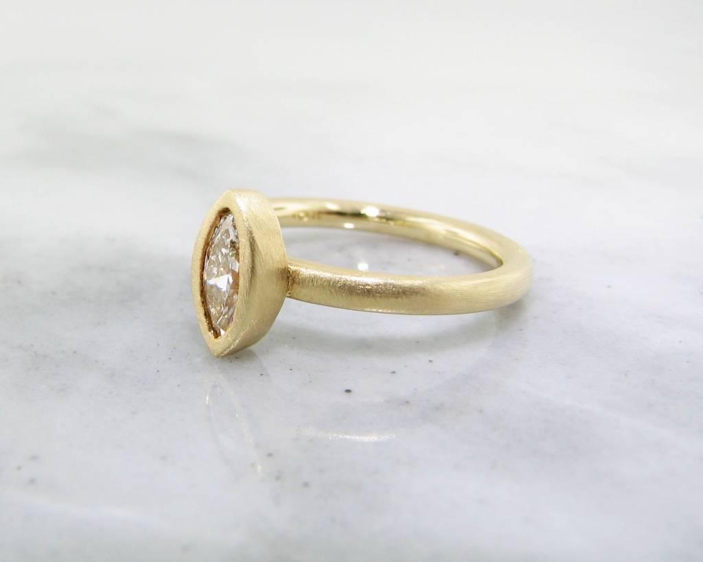 Sleek 18K Yellow Gold Stacked Marquise Diamond Ring