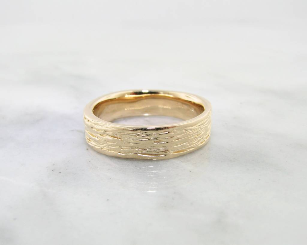 Rustic Yellow Gold Ring, Medium Birch Band