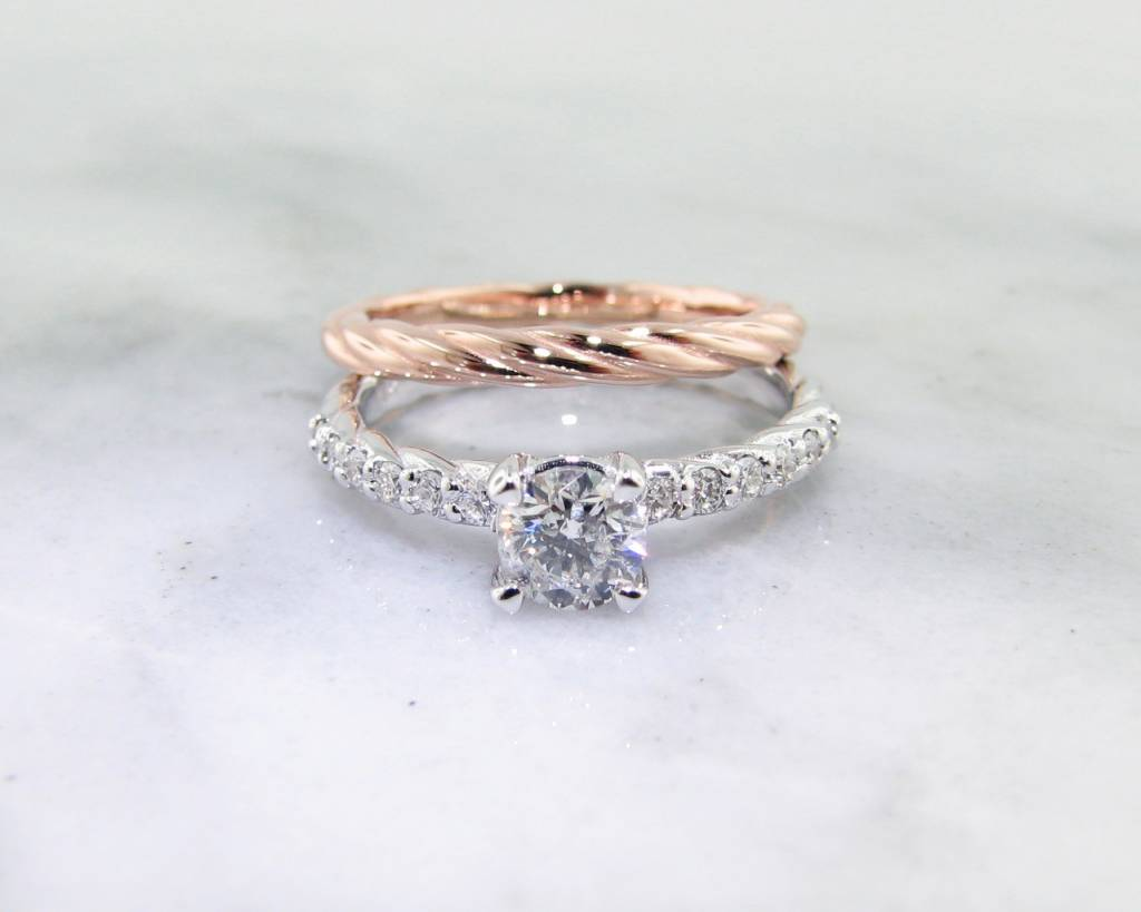 Trending Bridal Diamond White Rose Gold Wedding Ring Set, Rope