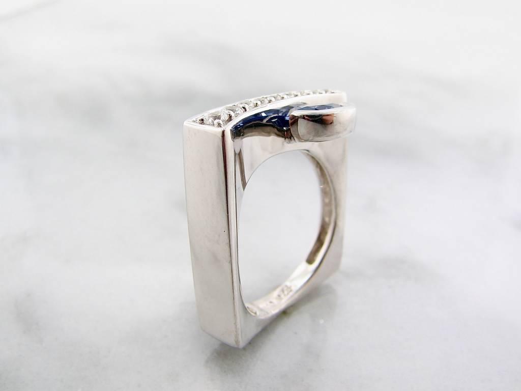 Frank Reubel Tanzanite Sapphire Silver Ring, Miami Blue