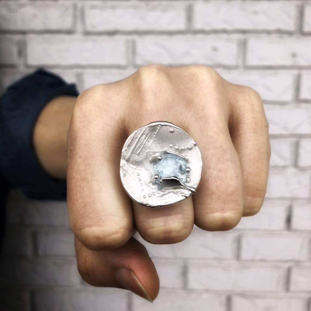 Rustic Raw Aquamarine Silver Ring, Encoded Discus