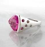 Frank Reubel Pink Topaz Silver Ring Trillion Cut, Pink Punk