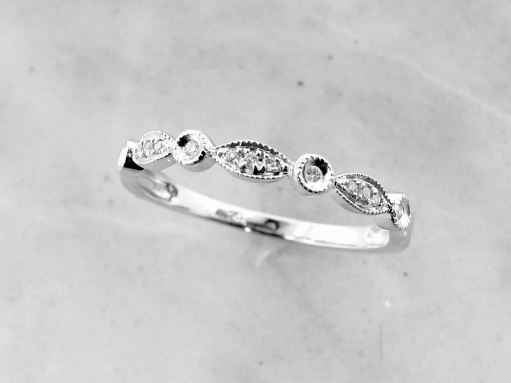 Vintage White Gold Diamond Milgrain Diamond Stacking Ring, Tempo