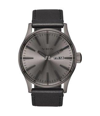 Nixon Sentry Leather Gunmetal / Black Watch