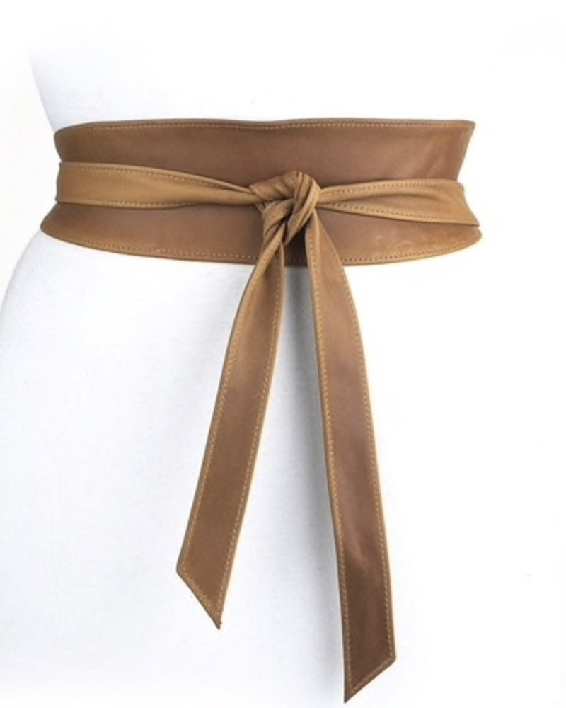 BRAVE Classic Nida leather wrap belt, in Tabaco <br /> One size fits most