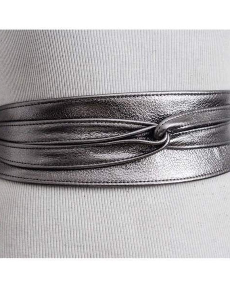 BRAVE Nida leather belt in metalic silver, One size
