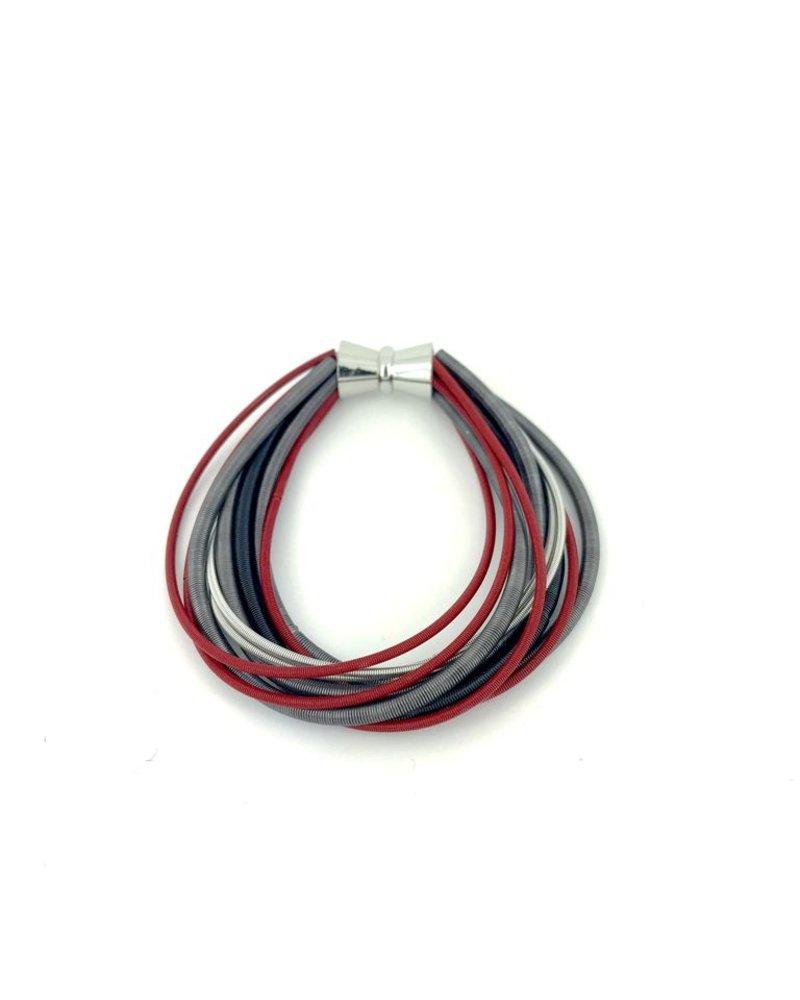 verdigris Red/Black/Silver pianoWire Magnetic Bracelet