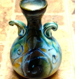 Gail Snively Vase (Fancy w/Arms, #105)
