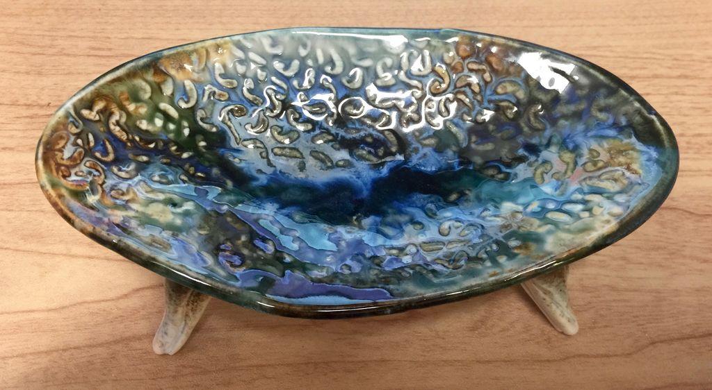 Gail Snively Dish (Soap, Lg, w/Legs, #109)