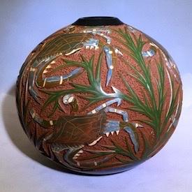 "Rare Earth Gallery Pot, Sea Life (Crabs, Md, 9""H x 8.5""D)"