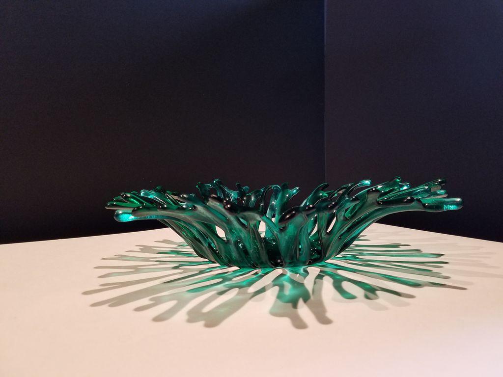 "Karen Hovis Coral Bowl (Emerald Two-Tone, 14""D x 3""H)"