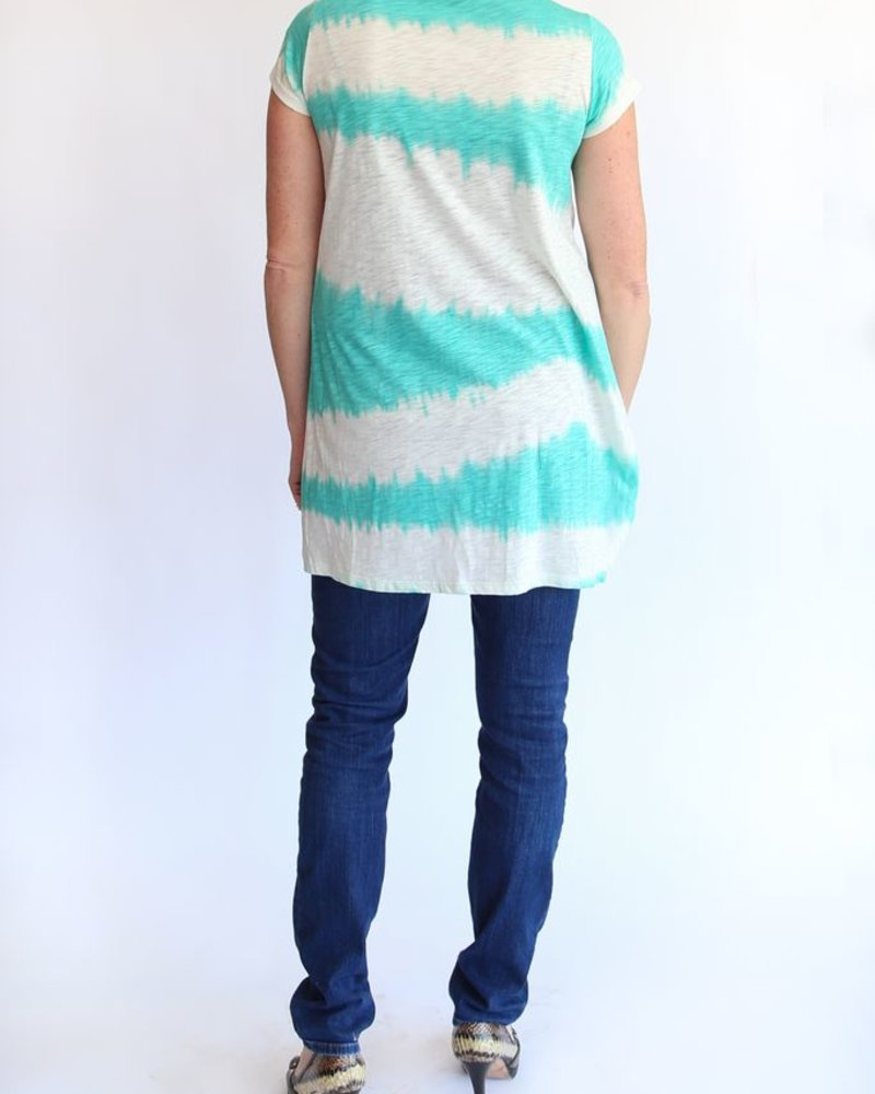 KLd Signature V-neck tie dye tunic