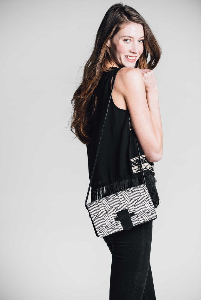 Bloom & Give Nina Crossbody Bag