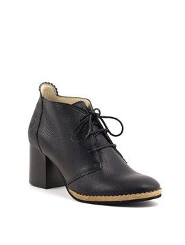 Fly Chao Boot Black