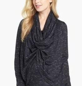 Maternal America DRAPE NURSING TOP.PEPPER.XS