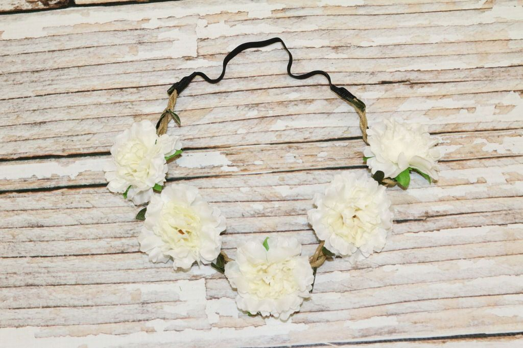 Lincoln&Lexi Bohemian Floral Headband Wreath.Cream