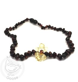 Momma Goose amber necklace. Flower