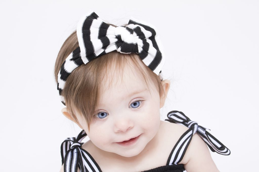 Baby Bling Patterned Knot (BK/WH Stripe)