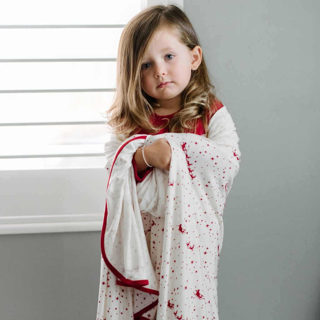 Kickee Pants Print Swaddling Blanket in Natural Flying Santa (One Size)