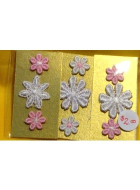 ACE DOLLS HOUSE ACE 1/12 DOLLS HOUSE ACC SEWING DOILY WHITE AND PINK SET OF 3