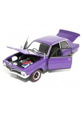 OZ LEGENDS OZ LEGENDS LC TORANA XU-1  GTR PLUM DINGER, STRIKE ME PINK 1/32