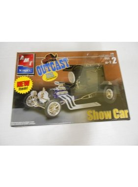 AMT AMT ERTL OUTCAST SHOW CAR 2002 RELEASE