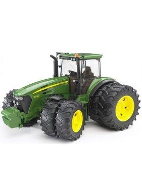 BRUDER Bruder John Deere 7930 Tractor with Twin Tyres - Scale 1:16