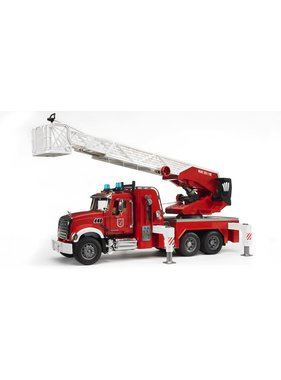 BRUDER BRUDER 1:16 MACK GRANITE FIRE ENGINE WITH SLEWING LADDER AND WATER PUMP