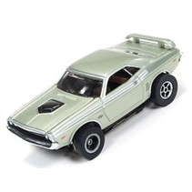 Auto World X-Traction  1971 DODGE CHALLENGER #4  HO SLOT CAR  AVAIL IN ORANGE OR METALIC GREEN  ( PRICE IS FOR 1 CAR )