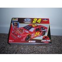 REVELL #24 JURASSIC PARK THE RIDE NASCAR 1:24 85-2525
