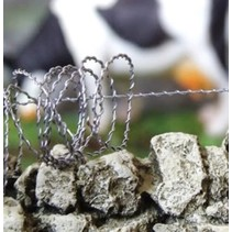 1:35 SCALE BARBED WIRE<br /> Approx. 5m (15&#039;) length of a fine scale barbed wire