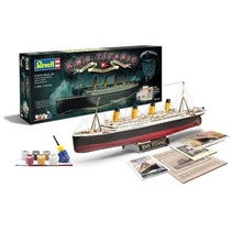 REVELL RMS TITANIC 100TH ANNIVERSARY EDITION1/400
