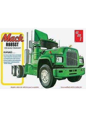 AMT AMT 1/25 Mack R685ST Semi Tractor truck