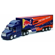 NEWRAY 1/32 PETERBILT 387 WITH RED BULL TEAM TRAILER 2013