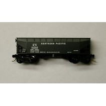 MICRO TRAINS 33'TWIN BAY HOPPER OFFSET SIDES WITH LOAD