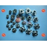 HY MODEL ACCESSORIES HY IMPERIAL T NUTS 6-32 (100 PK)<br />( OLD CODE HY171404 )