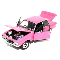 OZ LEGENDS LC TORANA XU-1  GTR PLUM DINGER, STRIKE ME PINK 1/32