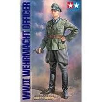 TAMIYA WWII WEHMACHT OFFICER 1/16TH